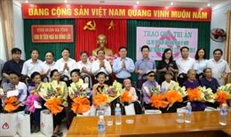 Phó Thủ tướng Vương Đình Huệ dâng hương tại Khu di tích lịch sử Ngã Ba Đồng Lộc
