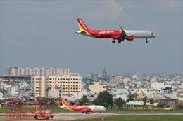 Nhiều chuyến bay của Vietjet Air không thể cất, hạ cánh tại Nội Bài do mưa lớn