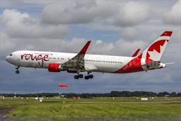 Máy bay Canada chở 282 khách nổ lốp khi cất cánh
