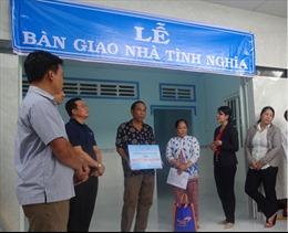 Công ty cổ phần Ma San PQ trao tặng nhà tình nghĩa cho các gia đình chính sách