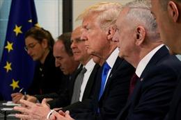 Khi Tổng thống Mỹ thích làm việc với tướng lĩnh