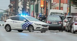 Cảnh sát Bỉ truy đuổi một xe ô tô tình nghi chứa bom