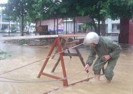 Quảng Ninh: Tìm kiếm một học sinh rơi xuống cống thoát nước
