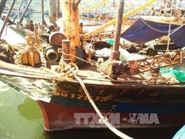 Lúng túng trong phương án sửa chữa tàu vỏ thép không đạt chất lượng