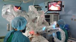Lần đầu tiên tại Việt Nam 'người máy'  tạo hình bàng quang bằng hồi tràng