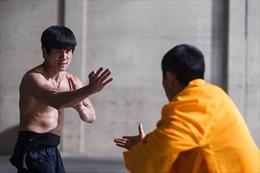 Huyền thoại Lý Tiểu Long sống lại trên màn ảnh rộng với trận đấu huyền thoại