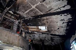Cháy nhà trong ngày nghỉ lễ, 3 người may mắn thoát chết