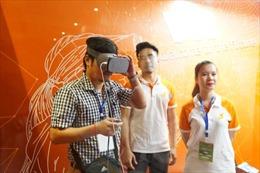 Cận cảnh những món 'đồ chơi' công nghệ tại triển lãm ICT Summit 2017