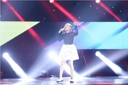 The Voice Kids tập 5: Soobin Hoàng Sơn phát cuồng trèo lên ghế nóng nghe Hoài Ngọc hát