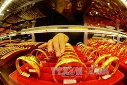 Giá vàng thế giới rơi xuống mức thấp nhất gần 7 tuần