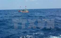 Thanh Hóa: Đã liên lạc được với 10 thuyền viên bị trôi dạt trên biển