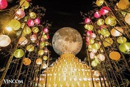 Đến Vincom, đón 'siêu trăng' kỷ lục