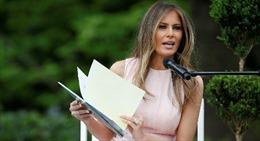 Đệ nhất Phu nhân Melania Trump sửa soạn công du nước ngoài một mình
