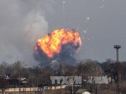 Sơ tán khẩn cấp hàng chục nghìn người sau vụ nổ kho vũ khí tại Ukraine