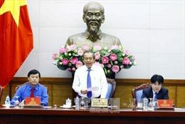 Phó Thủ tướng Trương Hòa Bình: Phát huy trí tuệ, sức trẻ của công chức, viên chức