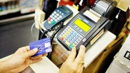 Vì sao không nên rút tiền mặt bằng thẻ Visa?
