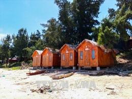 Nhiều hộ dân ở Cô Tô chưa tháo dỡ nhà xây trên đất quốc phòng