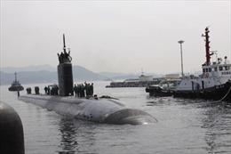 Tàu ngầm hạt nhân Mỹ tới Hàn Quốc