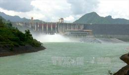 Đúng 17 giờ ngày 6/10, mở cửa xả đáy hồ thuỷ điện Tuyên Quang