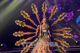 Ngắm thí sinh 'Hoa hậu Hòa bình Thế giới' trong trang phục dân tộc