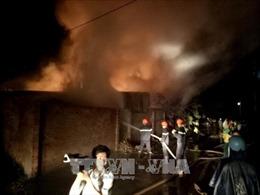 Bình Phước: Cháy lớn tại nhà kho chứa trầm hương