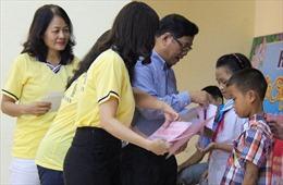 Gần 15.000 bản sách được trao cho học sinh vùng lũ miền Trung