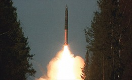 Video quân đội Nga thử liên tiếp 4 tên lửa liên lục địa
