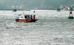 Chìm tàu câu mực tại đảo Song Tử Tây, một ngư dân mất tích