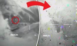 Rò rỉ video UFO phóng laser phá tan tành máy bay quân sự Mỹ