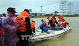 Quốc lộ 1A đoạn qua Quảng Nam ngập sâu, giao thông hoàn toàn tê liệt