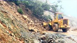 Vụ ô tô và máy xúc lao xuống vực sâu ở Lai Châu: Tìm thấy một thi thể công nhân