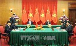 Việt Nam - Trung Quốc ký kết và trao 19 văn kiện hợp tác