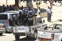 Nhiều tiếng nổ lớn tại thủ đô Zimbabwe, quân đội chiếm đài truyền hình quốc gia