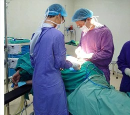 Cô gái bị đạn bắn thủng bụng được cứu sống tại bệnh viện E
