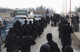 IS tự hành quyết 15 phiến quân do lục đục nội bộ