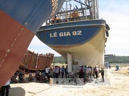 Yêu cầu doanh nghiệp đóng 'tàu 67' sớm hoàn thành bồi thường, hỗ trợ ngư dân