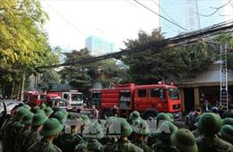 Khống chế đám cháy quán cà phê phố Phan Kế Bính, Hà Nội