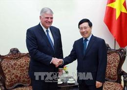 Phó Thủ tướng Phạm Bình Minh tiếp Chủ tịch Tổ chức nhân đạo Quốc tế, Hoa Kỳ