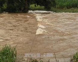 Tìm thấy thi thể 2 học sinh bị lũ cuốn trên sông Krông Ana