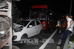 Cao tốc Trung Lương - Thành phố Hồ Chí Minh ùn tắc nhiều giờ do tai nạn giao thông nghiêm trọng