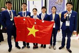Cả 6 học sinh Việt Nam cùng giành giải Olympic khoa học trẻ quốc tế 2017