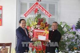 Chủ tịch Mặt trận Tổ quốc Việt Nam thăm, chúc mừng Giáng sinh Tòa Giám mục Cần Thơ