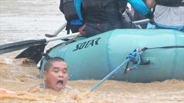 Người dân Philippines vật lộn sau cơn bão Tembin
