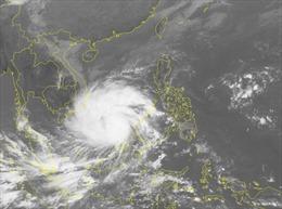 Chiều tối và đêm 24/12 bão số 16 duy trì gió mạnh cấp 12, giật cấp 15