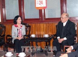Đồng chí Trương Thị Mai chúc mừng Giáng sinh Giáo phận Đà Lạt