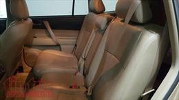 Từ 1/1/2018, ngồi ghế sau ô tô không thắt dây an toàn sẽ bị xử phạt