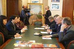 Chủ tịch Đảng Cộng sản Nga đánh giá cao sự ủng hộ của Việt Nam