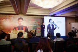 Hoàng Rob chơi 'của độc', ra DVD định dạng USB đầu tiên tại Việt Nam