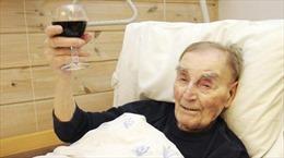 Giật mình với bí quyết sống thọ của cụ ông già nhất Na Uy