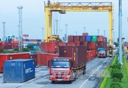 Cán cân thương mại hàng hóa ước thâm hụt 400 triệu USD trong tháng 11